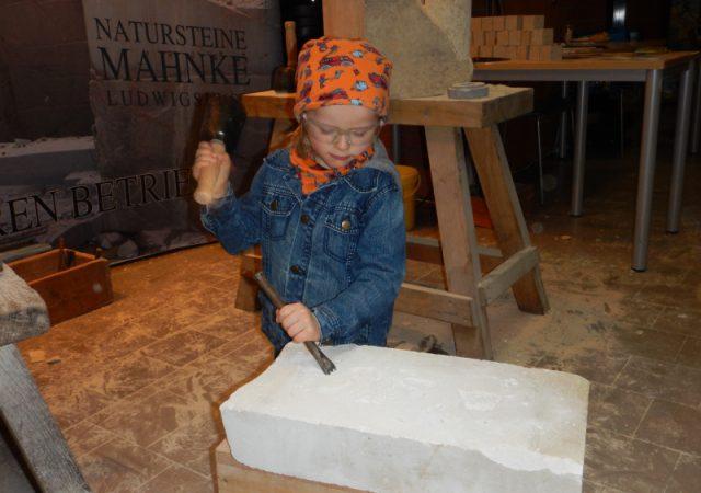 Kindersegen und Handwerksschau