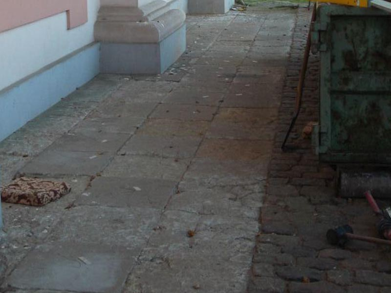 Restauration Steinweg vorher