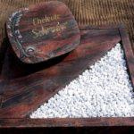 Urnengrabstelle mit Liegestein und Teilabdeckung